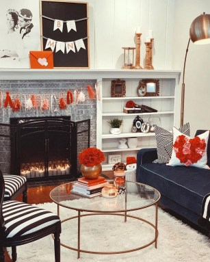 Romantic Living Room Decor With Valentine Themes 31