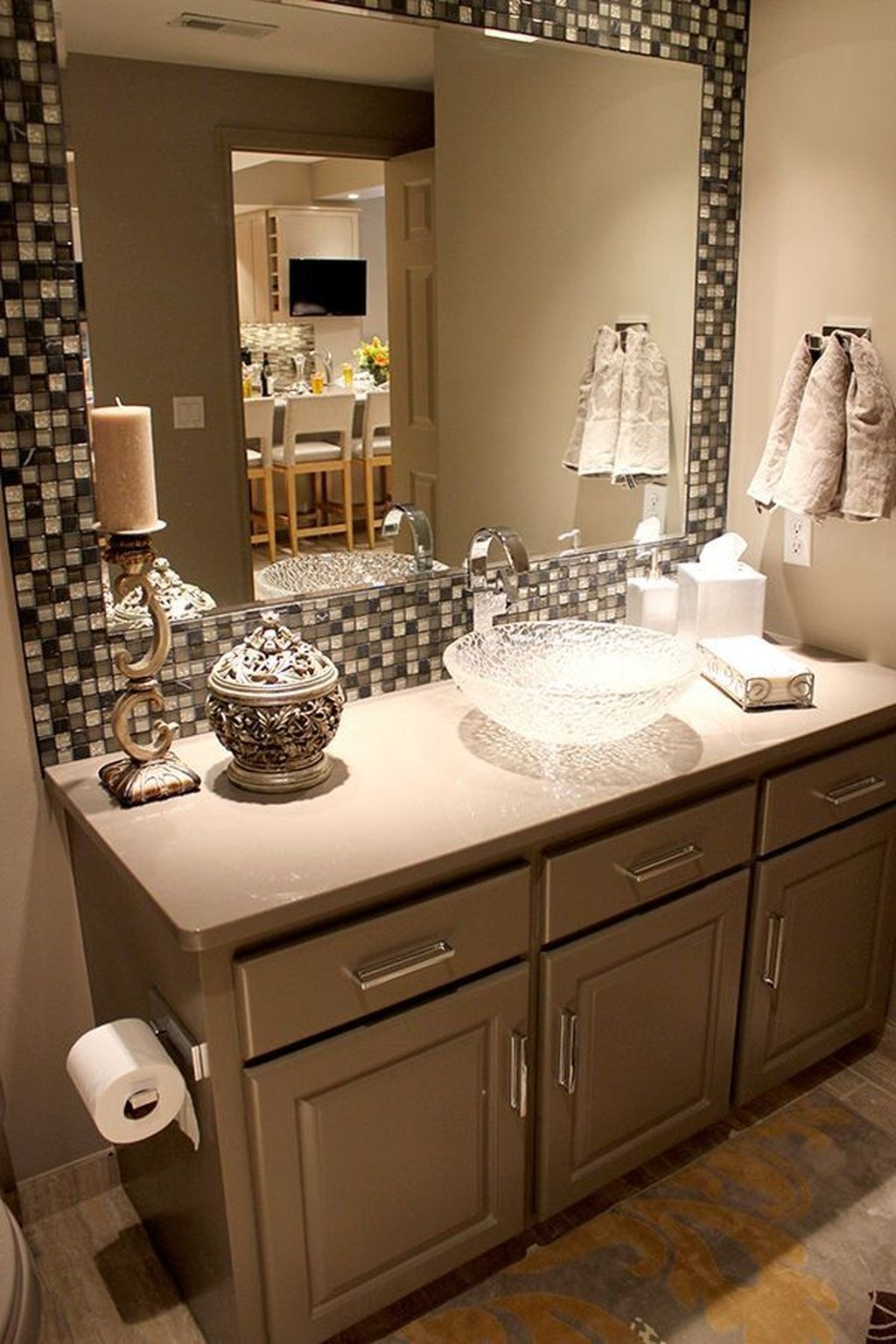 Stunning Bathroom Mirror Decor Ideas 38