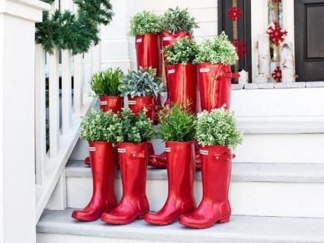 Stunning Valentines Day Front Porch Decor Ideas 03