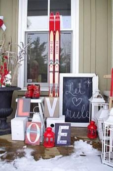 Stunning Valentines Day Front Porch Decor Ideas 24