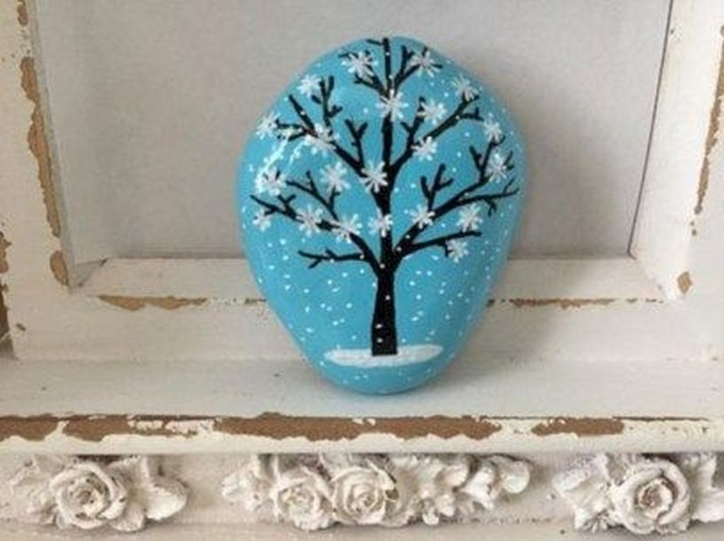 Sweet Rock Painting Design Ideas For Your Home Decor 03