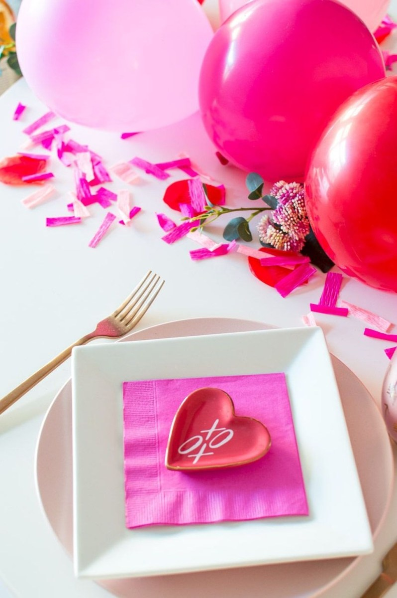 The Best Valentines Day Party Decor 34