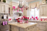Totally Adorable Valentine Kitchen Decor Ideas 12