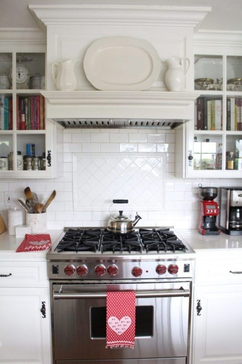 Totally Adorable Valentine Kitchen Decor Ideas 29