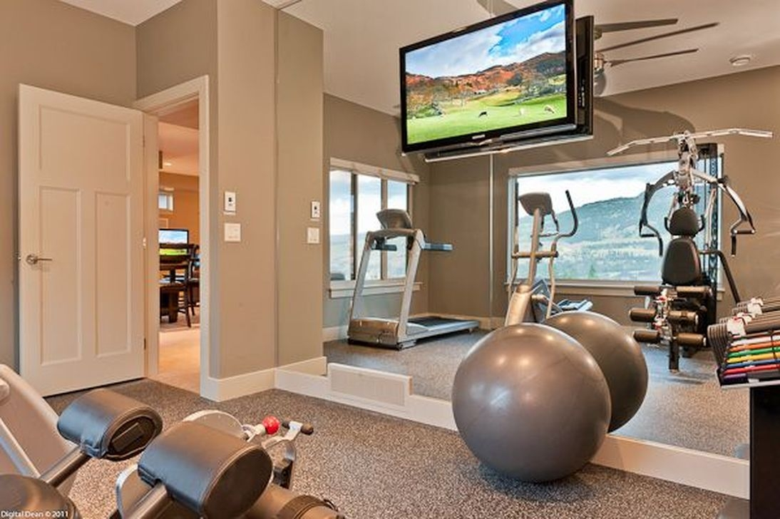 Amazing Home Gym Room Design Ideas 11