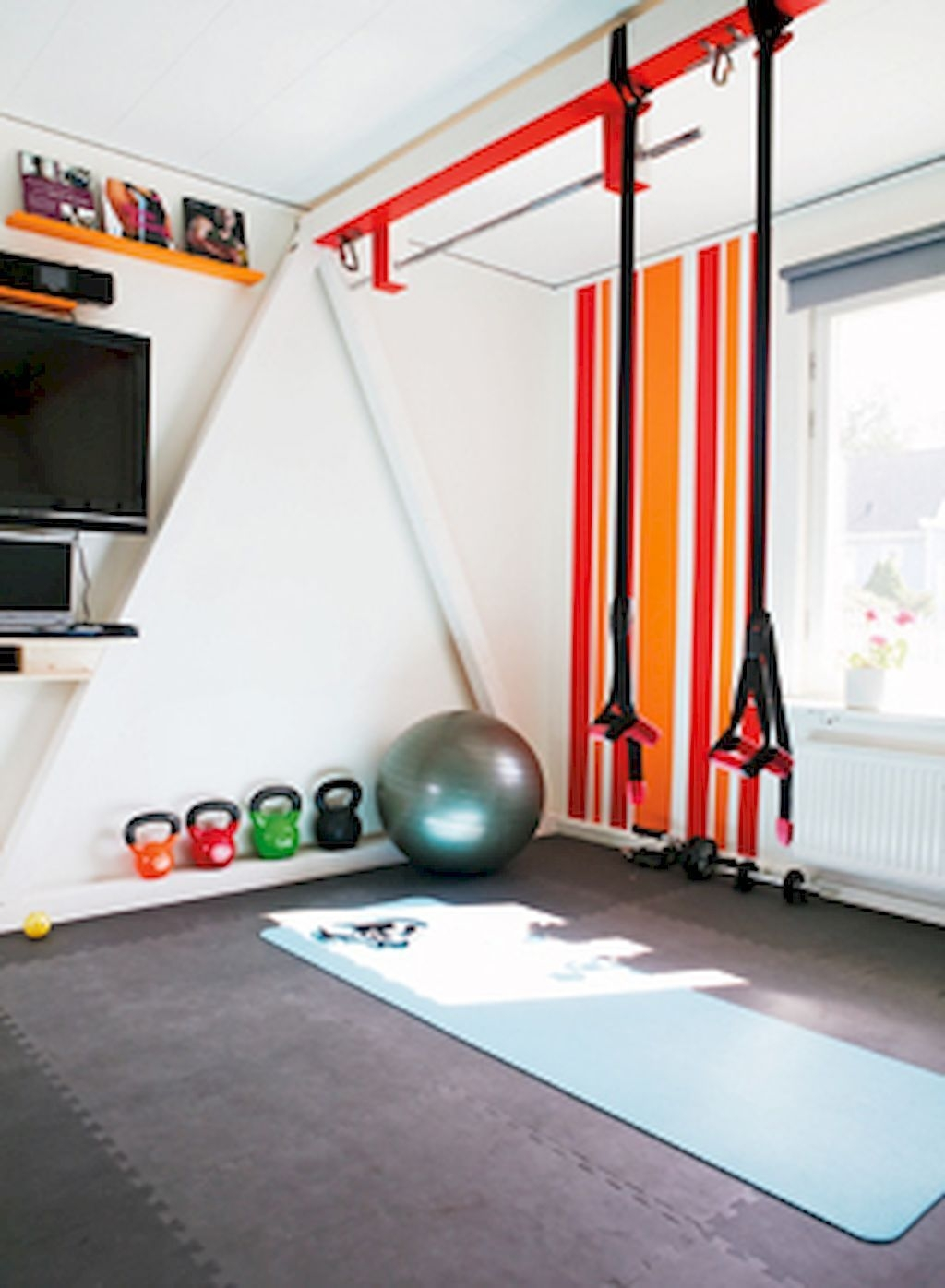 Amazing Home Gym Room Design Ideas 20