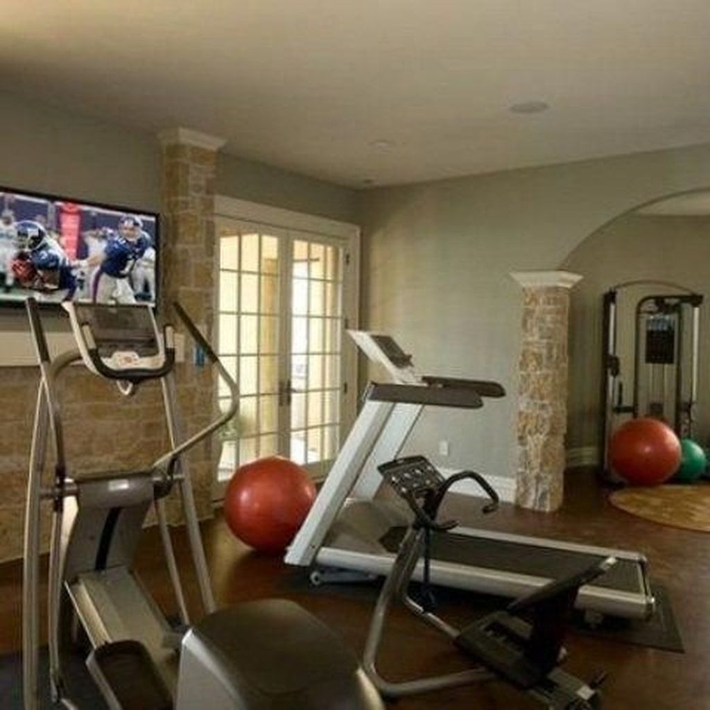 Amazing Home Gym Room Design Ideas 29