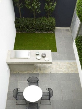 Brilliant Small Backyard Design Ideas On A Budget 06