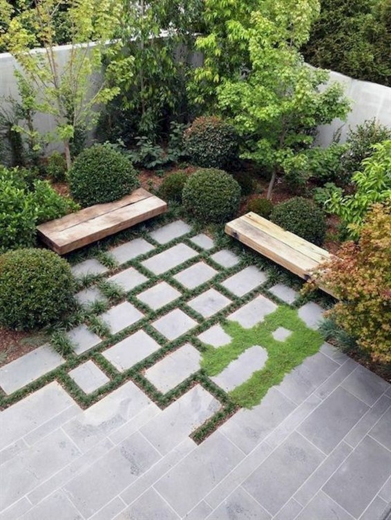 Brilliant Small Backyard Design Ideas On A Budget 40