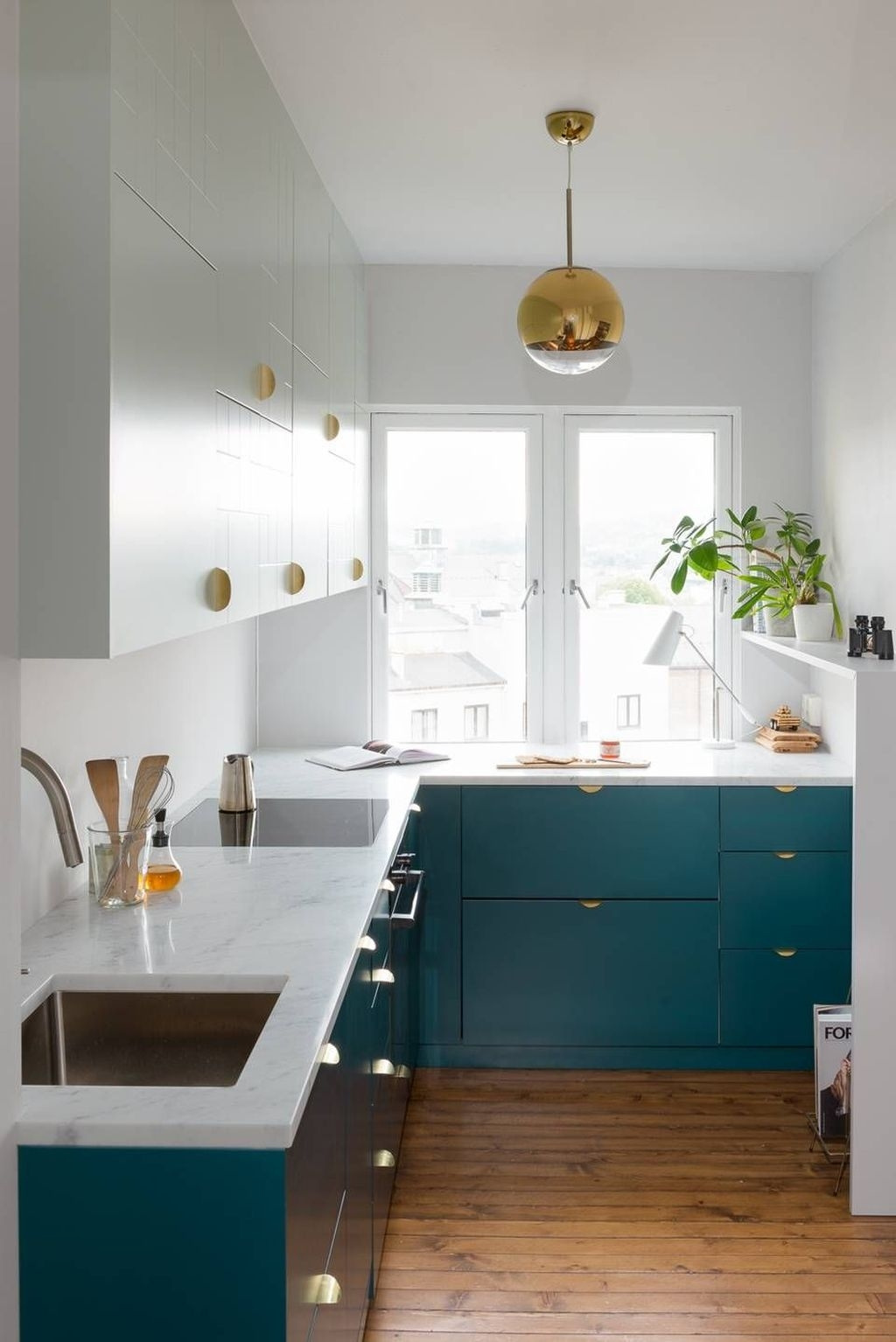 Totally Inspiring Small Kitchen Design Ideas For Your Small Home 31