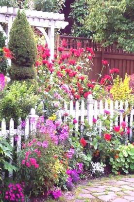 Beautiful Flower Garden Design Ideas 15