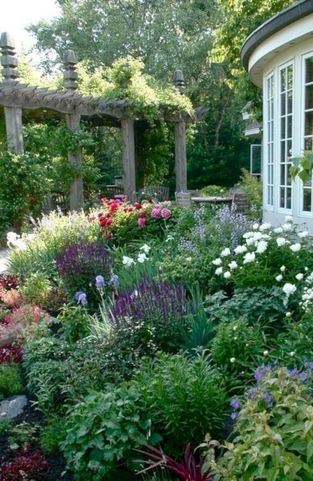 Beautiful Flower Garden Design Ideas 35