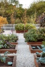 Beautiful Flower Garden Design Ideas 40