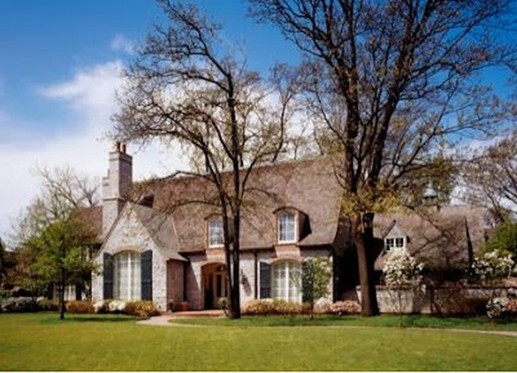 Stylish French Country Exterior For Your Home Design Inspiration 01