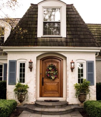 Stylish French Country Exterior For Your Home Design Inspiration 26