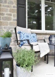 The Best Spring Porch Decoration Ideas 05