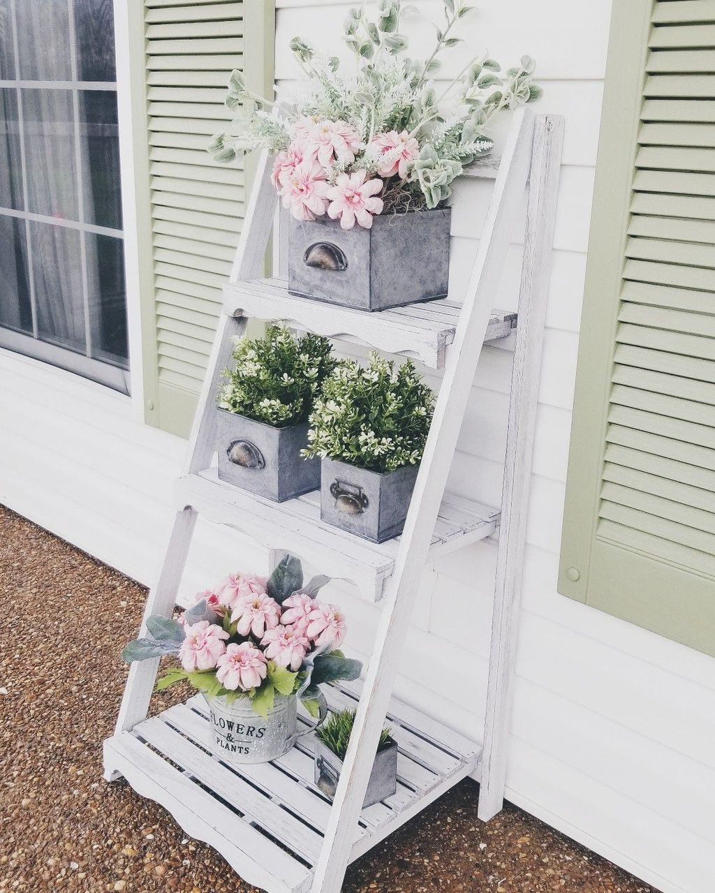 The Best Spring Porch Decoration Ideas 06