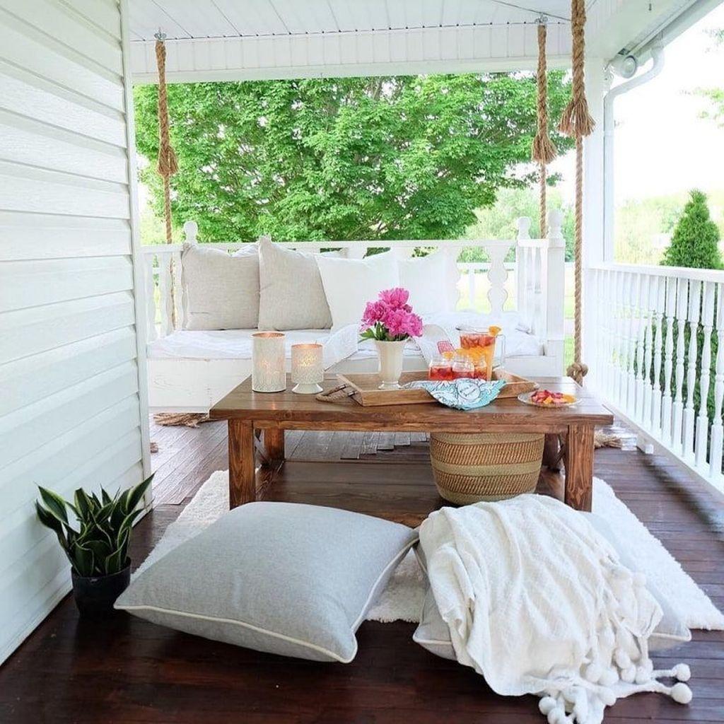 The Best Spring Porch Decoration Ideas 31