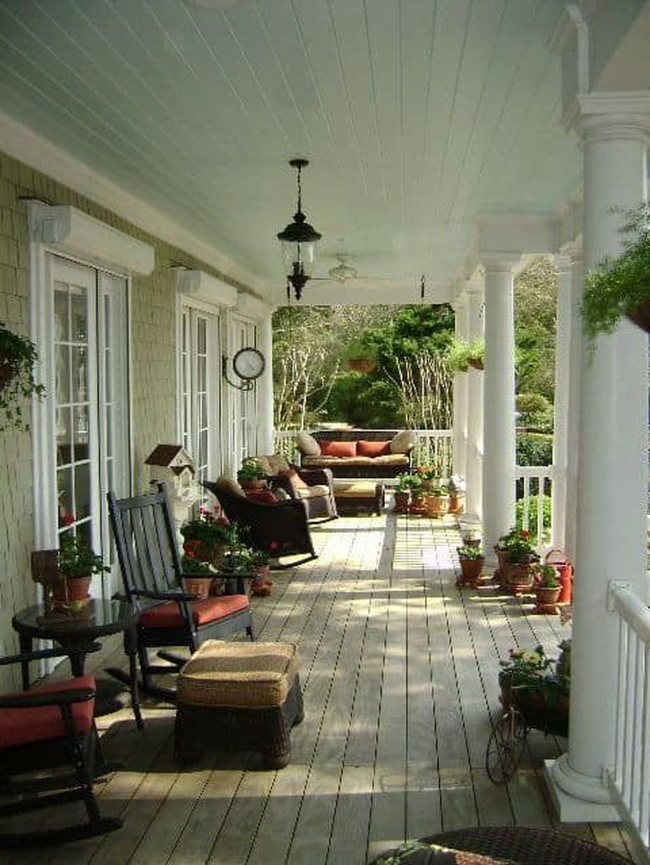 The Best Spring Porch Decoration Ideas 37