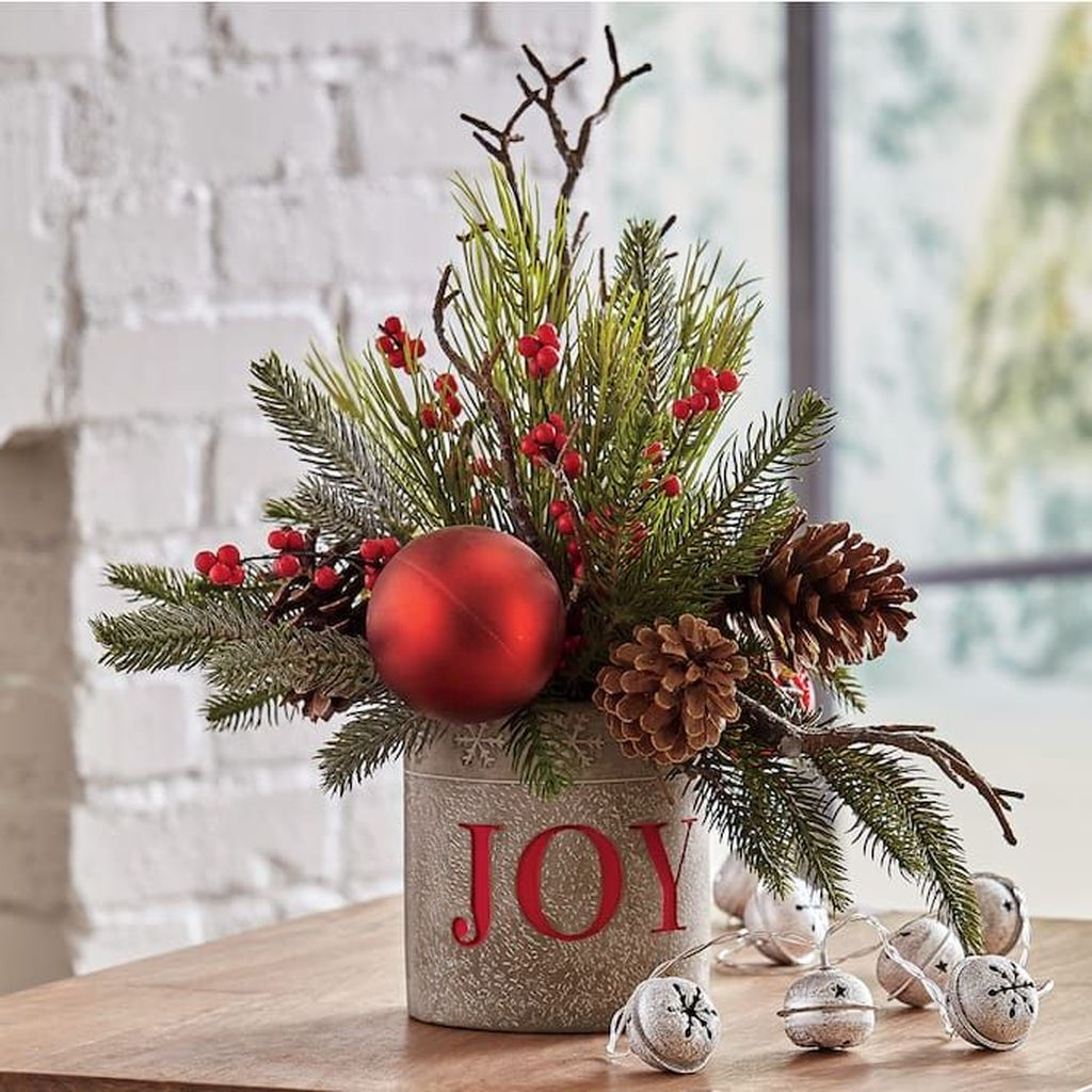 Amazing Christmas Decor For Kitchen Table 11