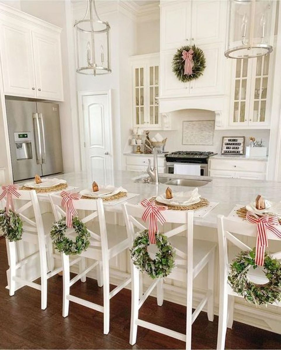 Amazing Christmas Decor For Kitchen Table 41