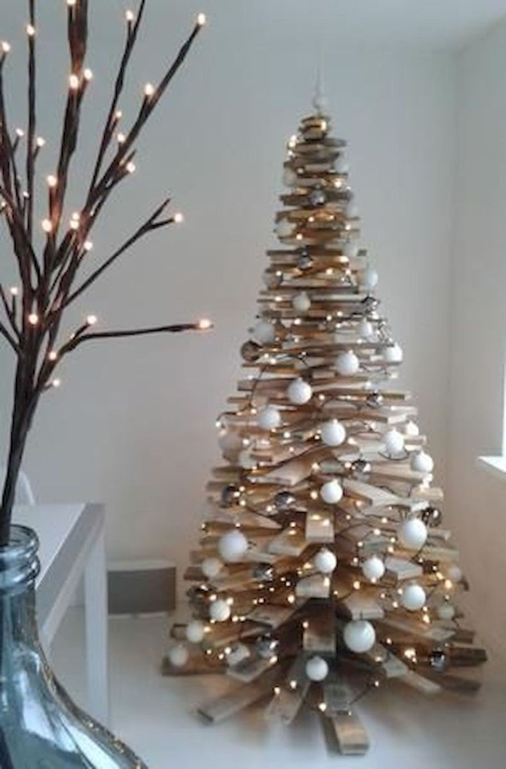 Amazing Christmas Lights Tree Decoration Ideas 01