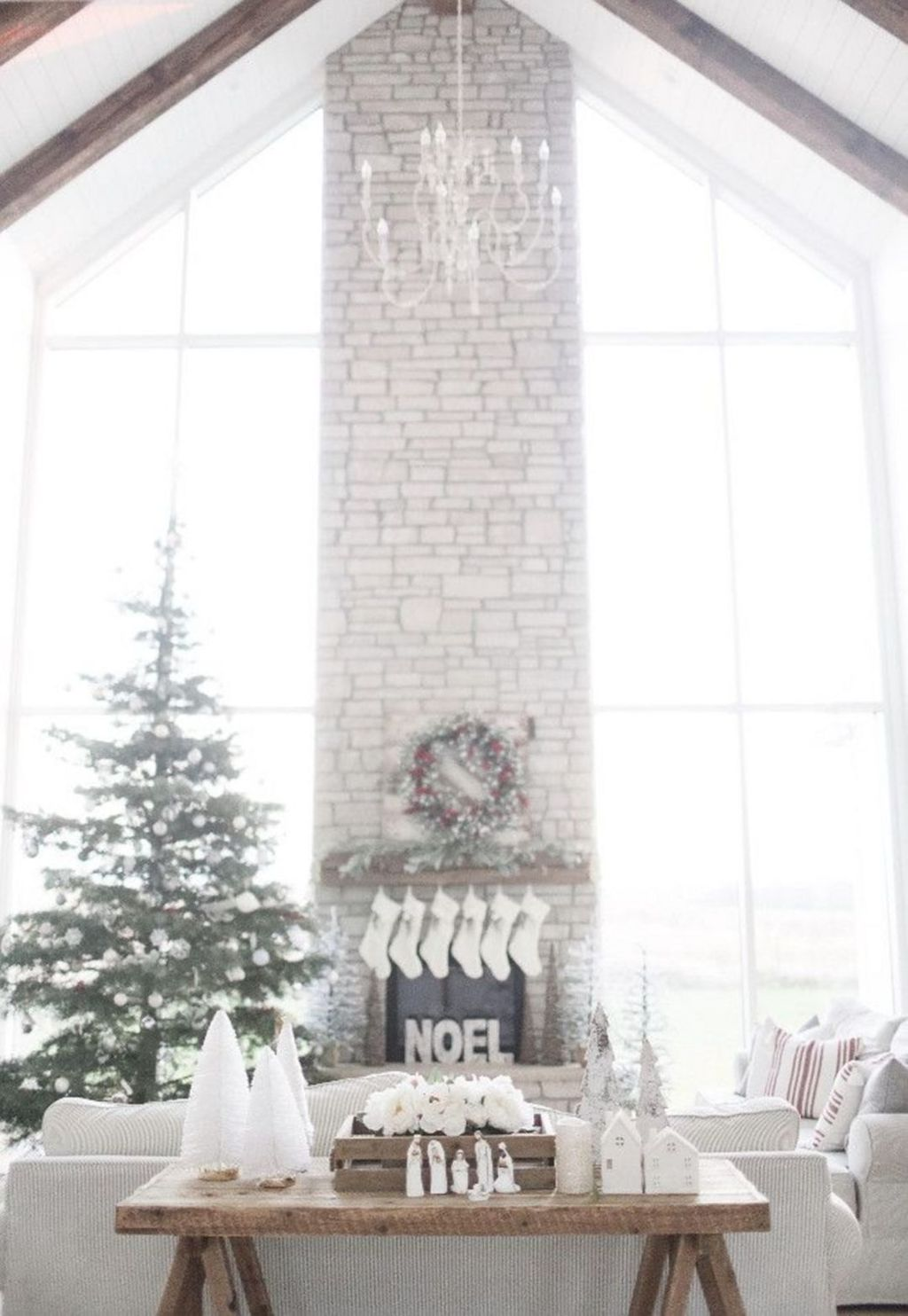Beautiful Christmas Interior Design Ideas You Never Seen Before 02