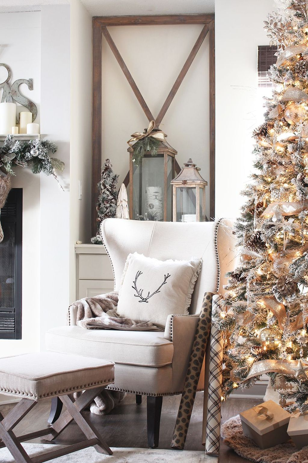Beautiful Christmas Interior Design Ideas You Never Seen Before 34