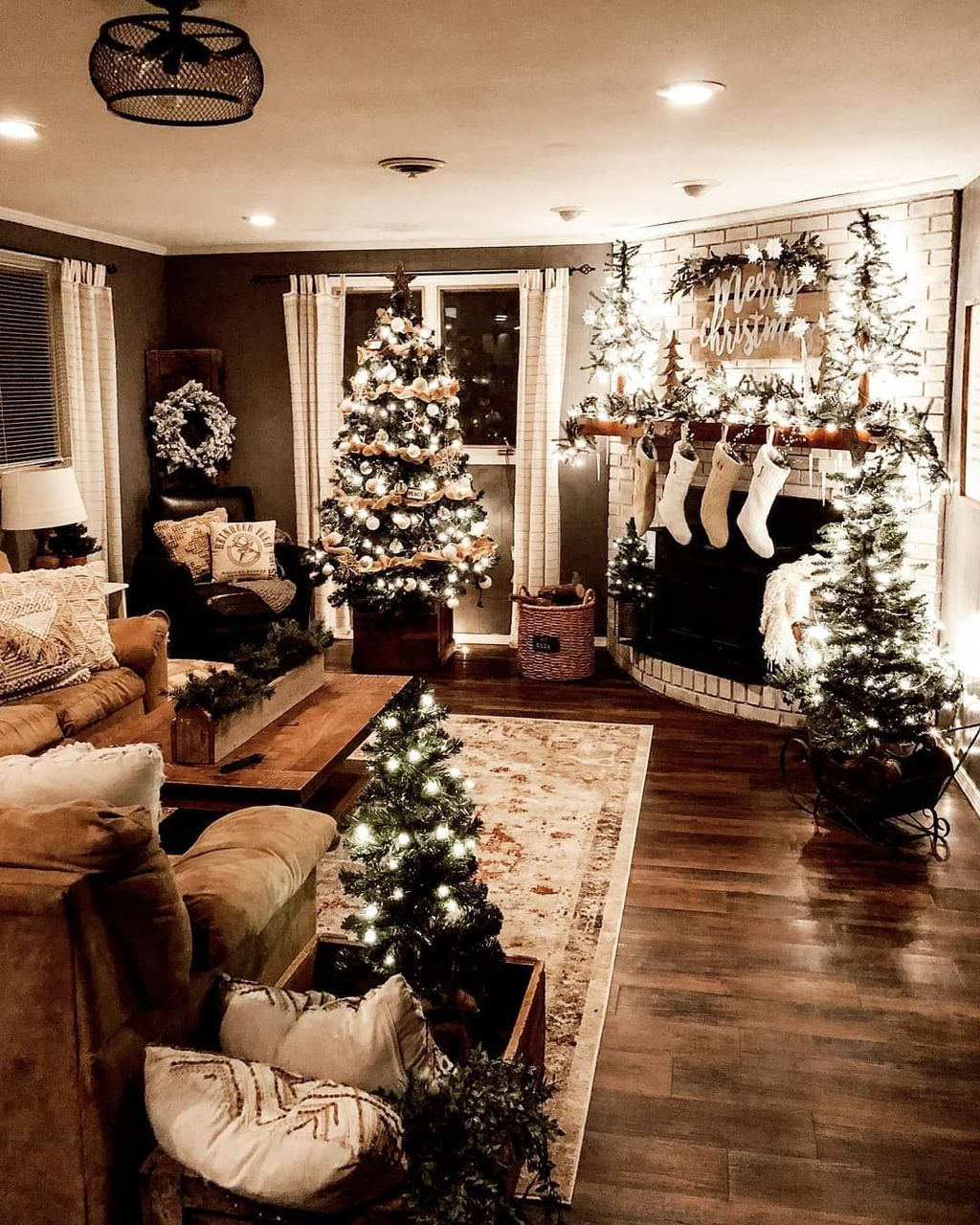 Beautiful Christmas Interior Design Ideas You Never Seen Before 35
