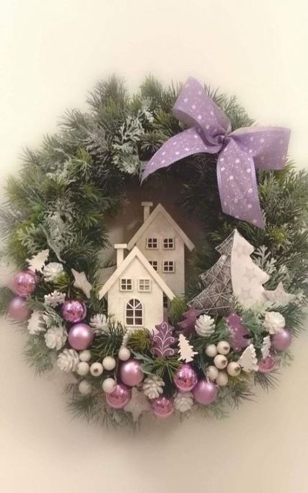 Beautiful Christmas Wreaths Decor Ideas You Should Copy Now 40