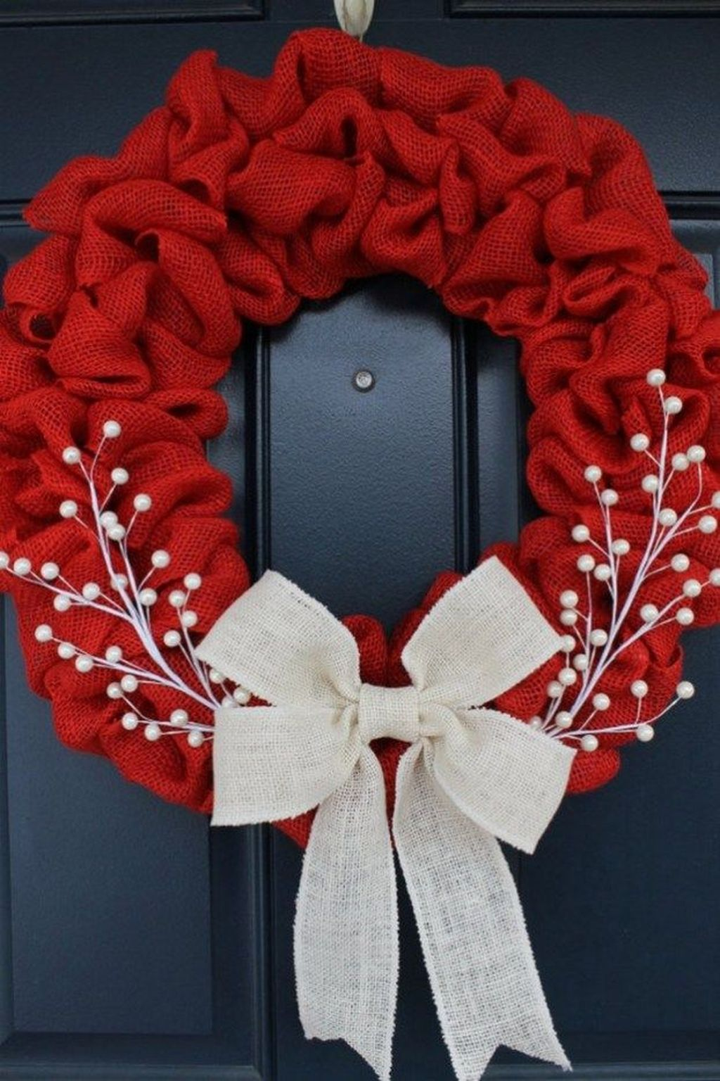 Beautiful Christmas Wreaths Decor Ideas You Should Copy Now 42