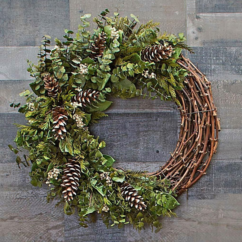 Beautiful Winter Wreaths Design Ideas 03