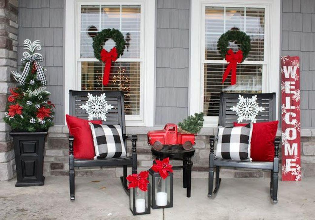 Fabulous Christmas Patio Decor Ideas 09
