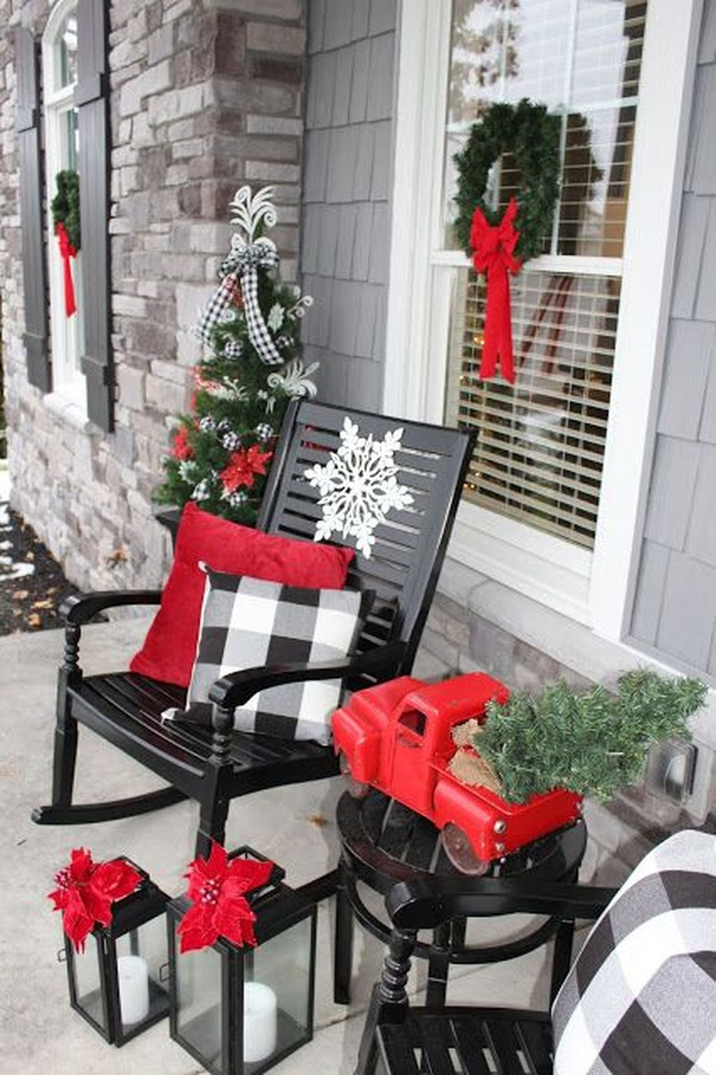Fabulous Christmas Patio Decor Ideas 23