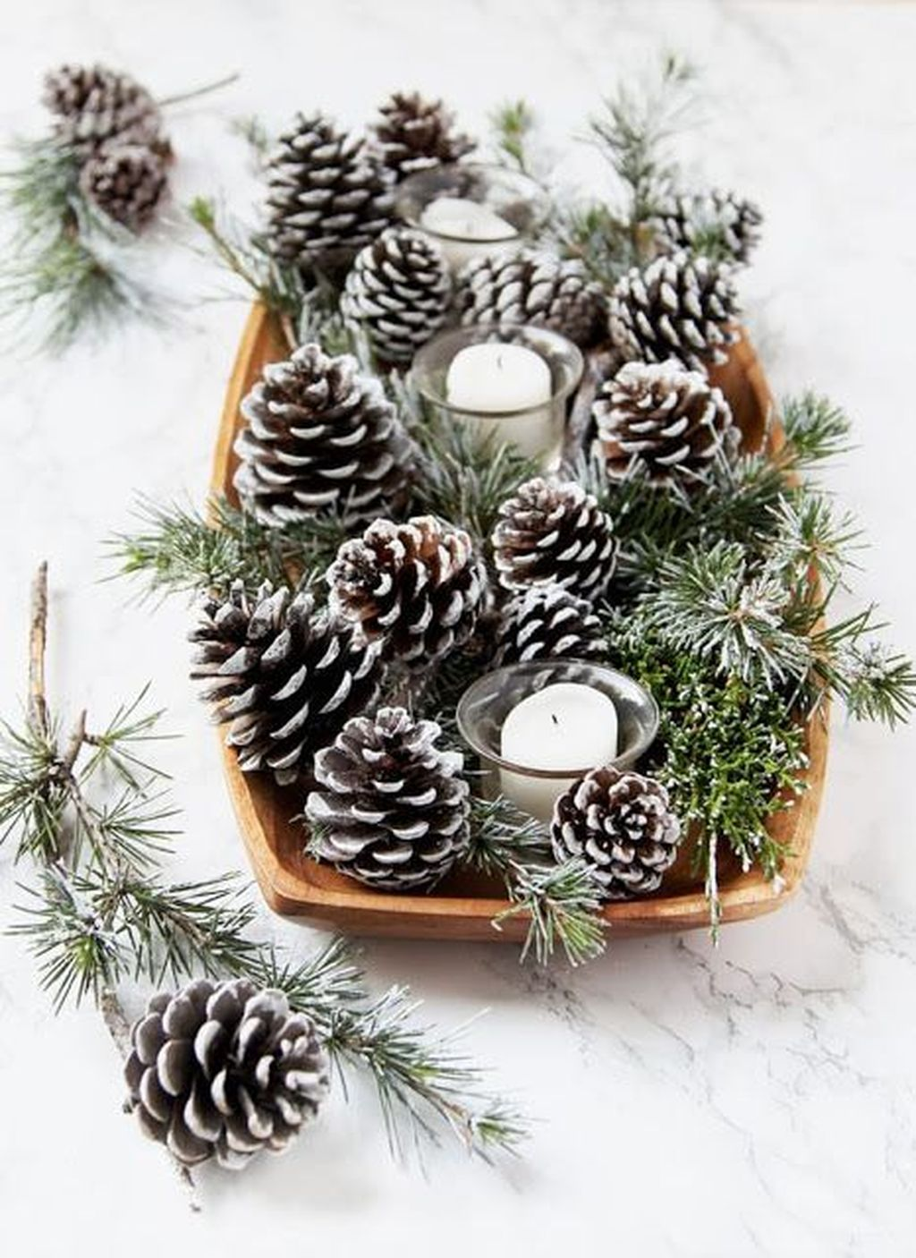 Fabulous Christmas Pine Cone Decorations 02