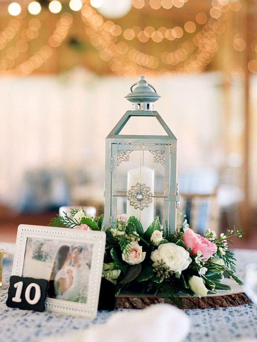 Fabulous Winter Lantern Centerpieces Ideas 37