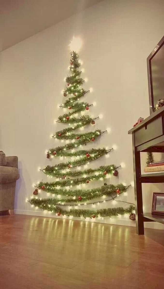 Lovely Christmas Wall Decor Ideas For Your Homes 07