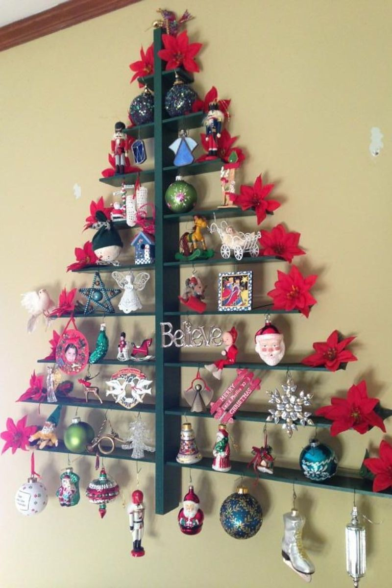 Lovely Christmas Wall Decor Ideas For Your Homes 27
