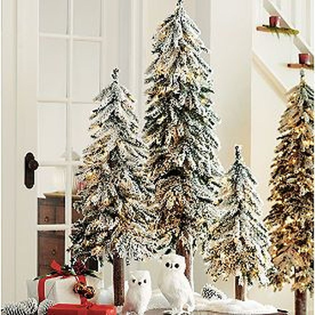 Lovely Winter Wonderland Home Decoration Ideas Look Beautiful 26