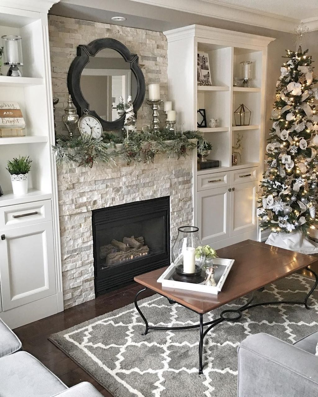 Nice Fireplace Decor Ideas Best For Wintertime 11
