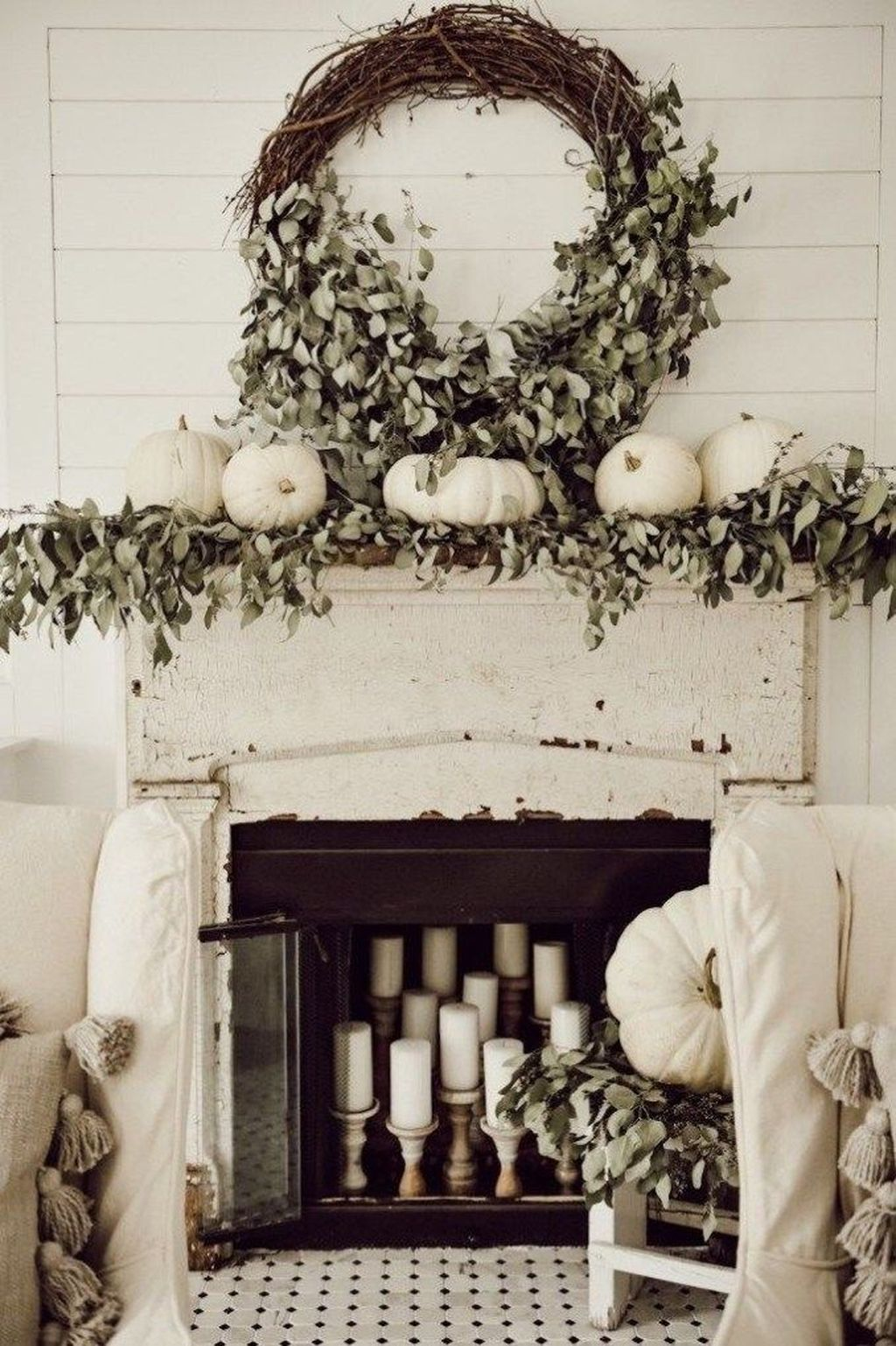 Nice Fireplace Decor Ideas Best For Wintertime 23