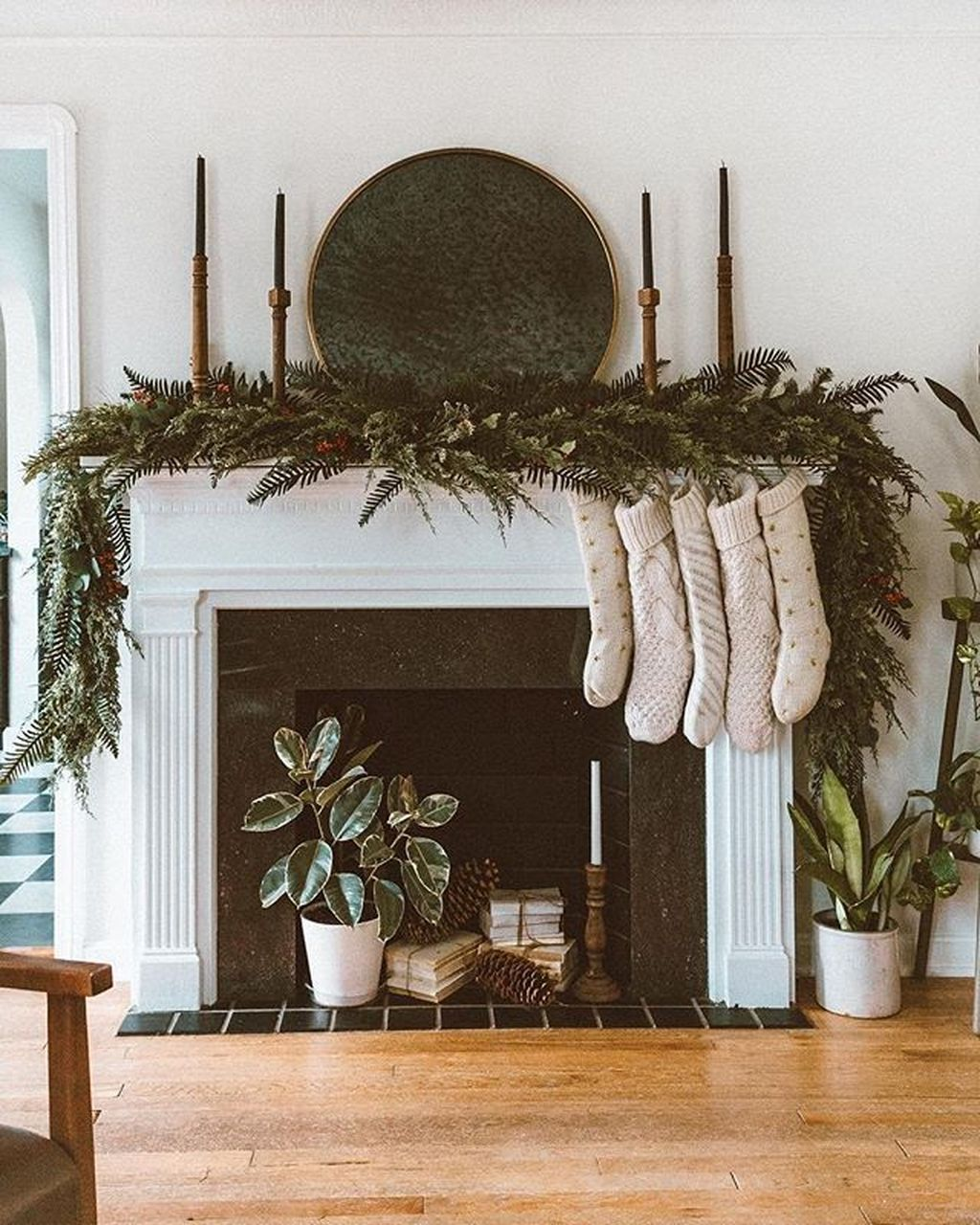 Nice Fireplace Decor Ideas Best For Wintertime 32
