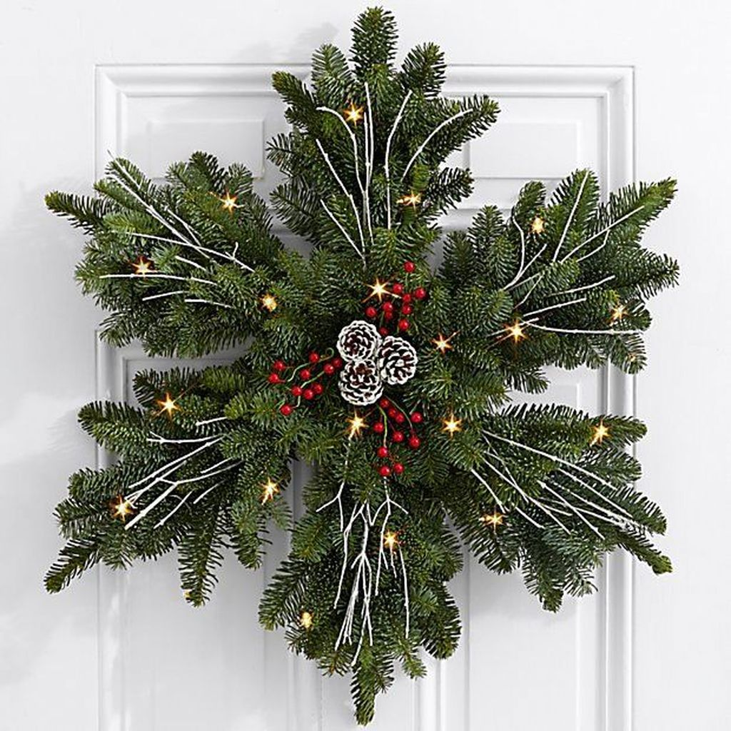 Popular Christmas Theme Apartment Decorations 08