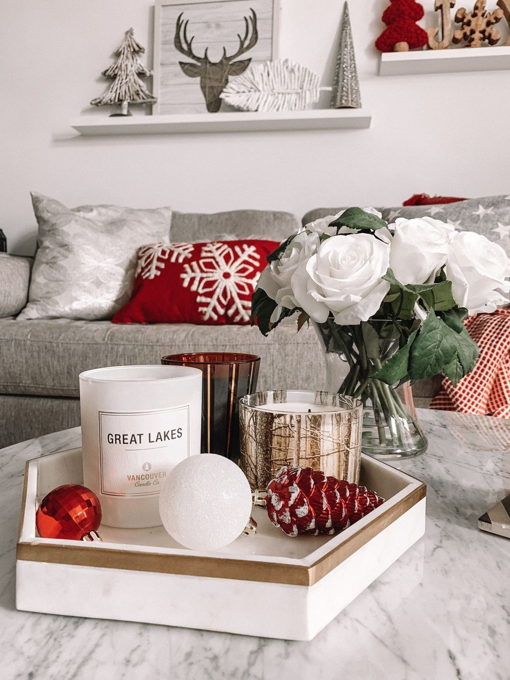 Popular Christmas Theme Apartment Decorations 34