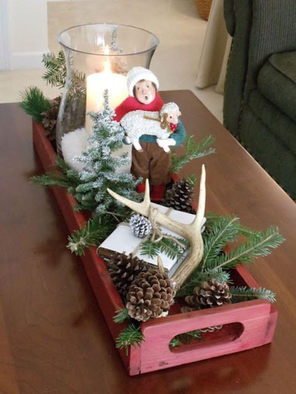 Popular Christmas Theme Coffee Table Decoration Ideas 03