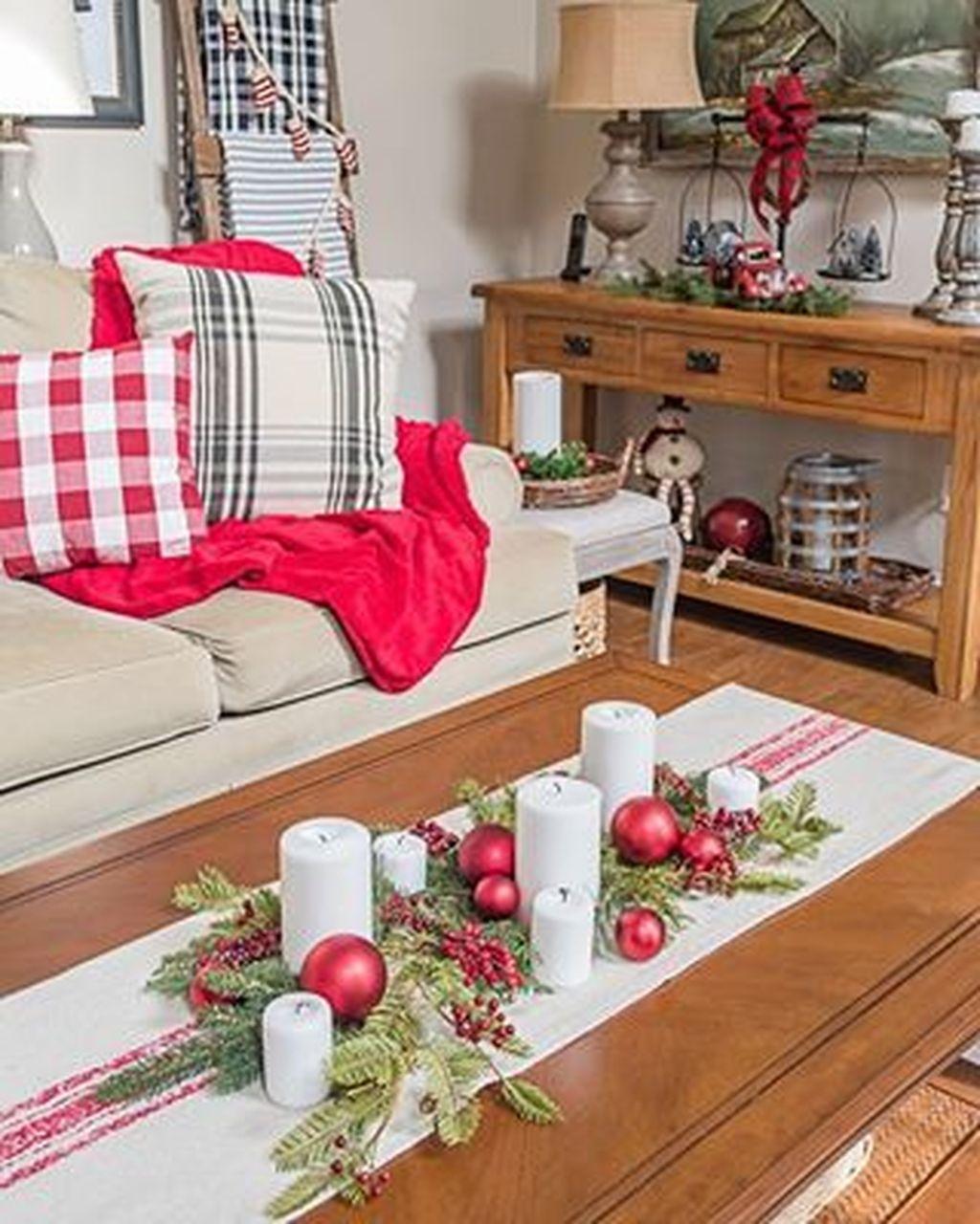 Popular Christmas Theme Coffee Table Decoration Ideas 39