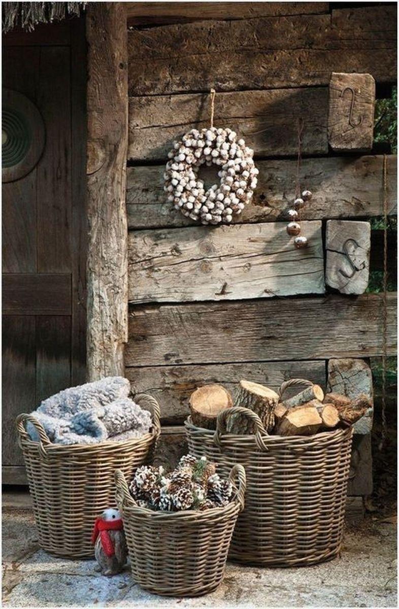 Popular Rustic Winter Porch Decoration Ideas 04