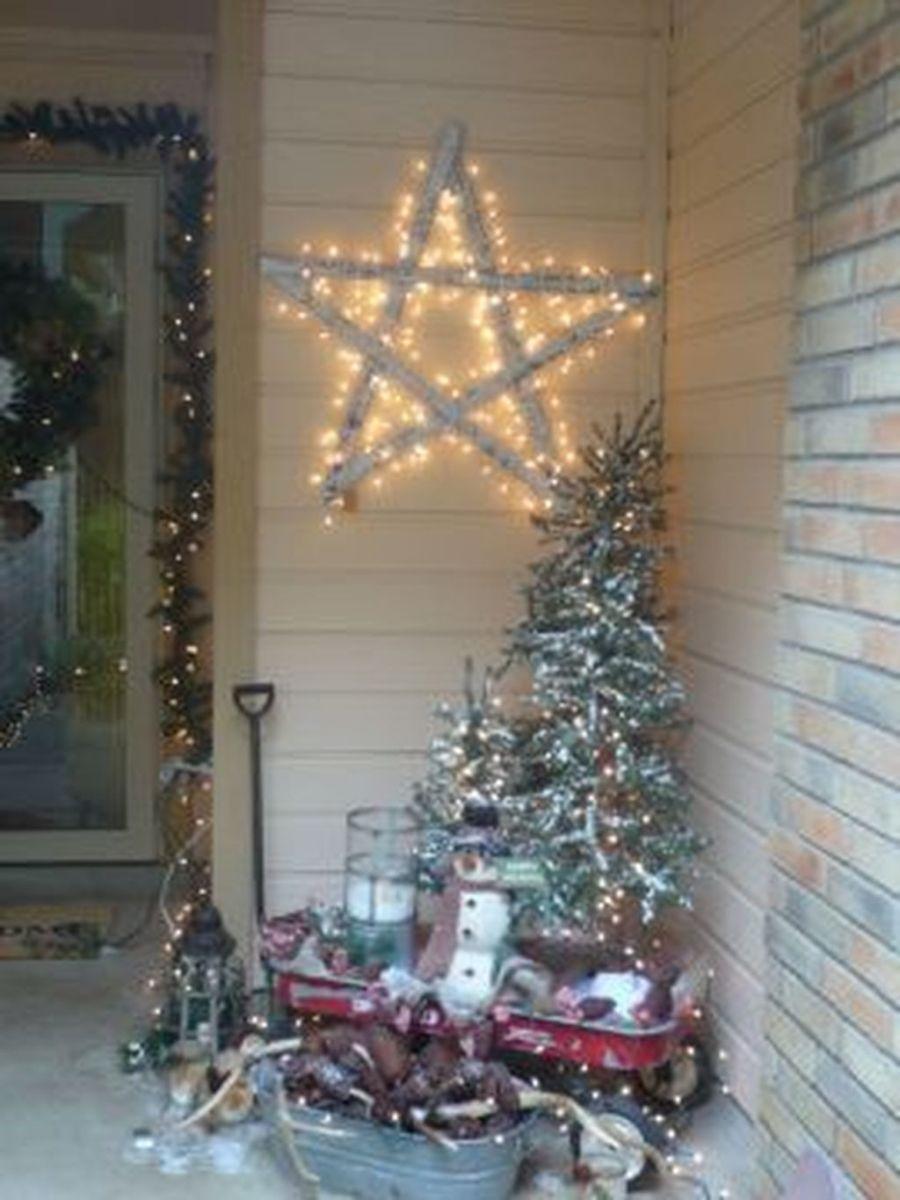 Popular Rustic Winter Porch Decoration Ideas 37