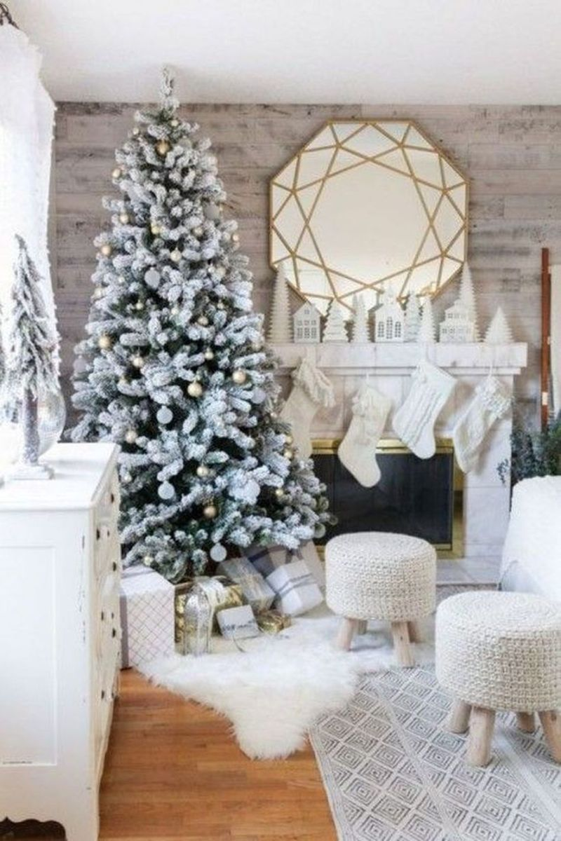 Stunning White Christmas Tree Ideas To Decorate Your Interior 10