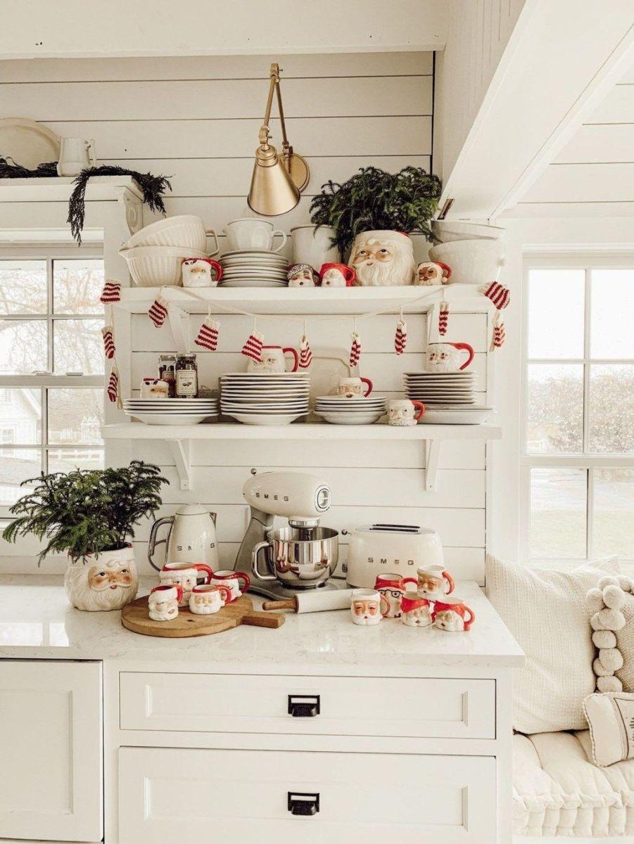 Stunning Winter Theme Kitchen Decorating Ideas 09
